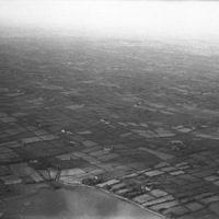 http://www.discoveryprogramme.ie/images/Aerial_Archives_Images/temp3/LS_AS_35BWN_00055_06 copy.jpg