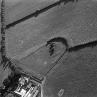 http://www.discoveryprogramme.ie/images/Aerial_Archives_Images/temp2/LS_AS_35BWN_00077_16 copy.jpg