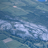 http://www.discoveryprogramme.ie/images/Aerial_Archives_Images/temp3/LS_AS_35CT_00052_06 copy.jpg