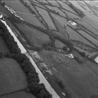 http://www.discoveryprogramme.ie/images/Aerial_Archives_Images/temp/LS_AS_35BWN_00018_28 copy.jpg