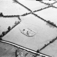 http://www.discoveryprogramme.ie/images/Aerial_Archives_Images/temp/LS_AS_35BWN_00106_53 copy.jpg