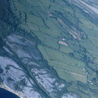 http://www.discoveryprogramme.ie/images/Aerial_Archives_Images/temp3/LS_AS_35CT_00052_05 copy.jpg