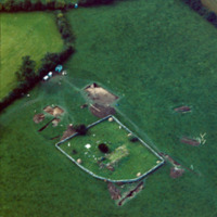 http://www.discoveryprogramme.ie/images/Aerial_Archives_Images/temp/LS_AS_35CT_00021_08 copy.jpg