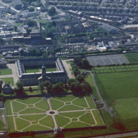 http://www.discoveryprogramme.ie/images/Aerial_Archives_Images/temp3/LS_AS_35CT_00008_07m copy.jpg