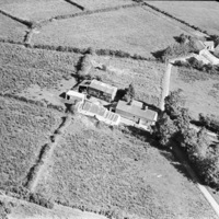 http://www.discoveryprogramme.ie/images/Aerial_Archives_Images/temp3/LS_AS_35BWN_00047_10 copy.jpg