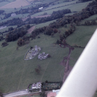 http://www.discoveryprogramme.ie/images/Aerial_Archives_Images/temp3/LS_AS_35CT_00068_09 copy.jpg