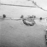http://www.discoveryprogramme.ie/images/Aerial_Archives_Images/temp/LS_AS_35BWN_00106_17 copy.jpg