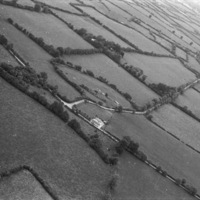 http://www.discoveryprogramme.ie/images/Aerial_Archives_Images/temp/LS_AS_35BWN_00103_08 copy.jpg
