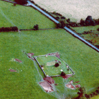http://www.discoveryprogramme.ie/images/Aerial_Archives_Images/temp/LS_AS_35CT_00021_04 copy.jpg