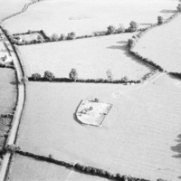 http://www.discoveryprogramme.ie/images/Aerial_Archives_Images/temp/LS_AS_35BWN_00106_55 copy.jpg