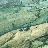 http://www.discoveryprogramme.ie/images/Aerial_Archives_Images/temp3/LS_AS_35CT_00080_17m copy.jpg