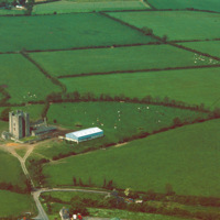 http://www.discoveryprogramme.ie/images/Aerial_Archives_Images/temp3/LS_AS_35CT_00008_02m copy.jpg