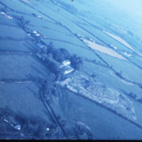 http://www.discoveryprogramme.ie/images/Aerial_Archives_Images/temp3/LS_AS_35CT_00086_06m copy.jpg
