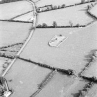 http://www.discoveryprogramme.ie/images/Aerial_Archives_Images/temp/LS_AS_35BWN_00106_25 copy.jpg