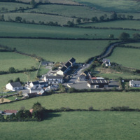 http://www.discoveryprogramme.ie/images/Aerial_Archives_Images/temp/LS_AS_35CT_00104_07 copy.jpg
