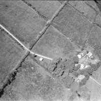 http://www.discoveryprogramme.ie/images/Aerial_Archives_Images/temp3/LS_AS_35BWN_00047_08 copy.jpg