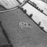http://www.discoveryprogramme.ie/images/Aerial_Archives_Images/temp/LS_AS_35BWN_00037_32 copy.jpg