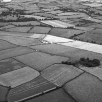 http://www.discoveryprogramme.ie/images/Aerial_Archives_Images/temp/LS_AS_35BWN_00072_25 copy.jpg
