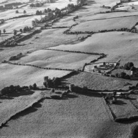 http://www.discoveryprogramme.ie/images/Aerial_Archives_Images/temp/LS_AS_35BWN_00076_24 copy.jpg