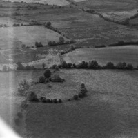 http://www.discoveryprogramme.ie/images/Aerial_Archives_Images/temp/LS_AS_35BWN_00110_04 copy.jpg