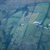 http://www.discoveryprogramme.ie/images/Aerial_Archives_Images/temp3/LS_AS_35CT_00041_17m copy.jpg