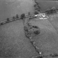 http://www.discoveryprogramme.ie/images/Aerial_Archives_Images/temp3/LS_AS_35BWN_00043_04 copy.jpg
