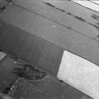 http://www.discoveryprogramme.ie/images/Aerial_Archives_Images/temp3/LS_AS_35BWN_00050_06 copy.jpg