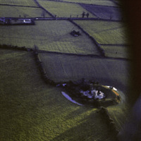 http://www.discoveryprogramme.ie/images/Aerial_Archives_Images/temp3/LS_AS_35CT_00027_27 copy.jpg
