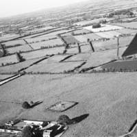 http://www.discoveryprogramme.ie/images/Aerial_Archives_Images/temp/LS_AS_35BWN_00076_08 copy.jpg