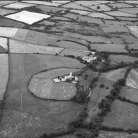 http://www.discoveryprogramme.ie/images/Aerial_Archives_Images/temp/LS_AS_35BWN_00072_29 copy.jpg