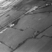 http://www.discoveryprogramme.ie/images/Aerial_Archives_Images/temp/LS_AS_35BWN_00058_03 copy.jpg
