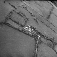 http://www.discoveryprogramme.ie/images/Aerial_Archives_Images/temp3/LS_AS_35BWN_00053_33 copy.jpg
