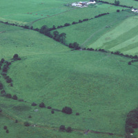 http://www.discoveryprogramme.ie/images/Aerial_Archives_Images/temp3/LS_AS_35CT_00015_03 copy.jpg