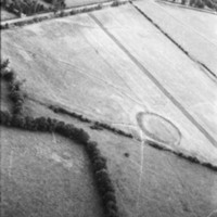 http://www.discoveryprogramme.ie/images/Aerial_Archives_Images/temp/LS_AS_35BWN_00106_07 copy.jpg