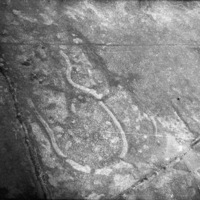http://www.discoveryprogramme.ie/images/Aerial_Archives_Images/temp3/LS_AS_35BWN_00053_32 copy.jpg