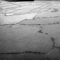 http://www.discoveryprogramme.ie/images/Aerial_Archives_Images/temp3/LS_AS_35BWN_00056_05 copy.jpg