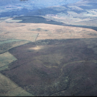 http://www.discoveryprogramme.ie/images/Aerial_Archives_Images/temp3/LS_AS_35CT_00063_04m copy.jpg
