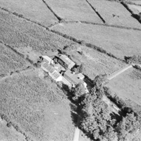 http://www.discoveryprogramme.ie/images/Aerial_Archives_Images/temp3/LS_AS_35BWN_00047_11 copy.jpg