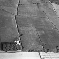 http://www.discoveryprogramme.ie/images/Aerial_Archives_Images/temp/LS_AS_35BWN_00019_09 copy.jpg