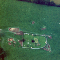 http://www.discoveryprogramme.ie/images/Aerial_Archives_Images/temp/LS_AS_35CT_00021_07 copy.jpg