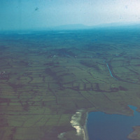 http://www.discoveryprogramme.ie/images/Aerial_Archives_Images/temp3/LS_AS_35CT_00046_02m copy.jpg