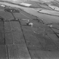 http://www.discoveryprogramme.ie/images/Aerial_Archives_Images/temp/LS_AS_35BWN_00009_19 copy.jpg