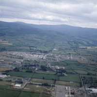 http://www.discoveryprogramme.ie/images/Aerial_Archives_Images/temp3/LS_AS_35CT_00062_03m copy.jpg