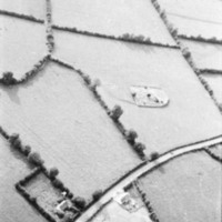 http://www.discoveryprogramme.ie/images/Aerial_Archives_Images/temp/LS_AS_35BWN_00106_35 copy.jpg